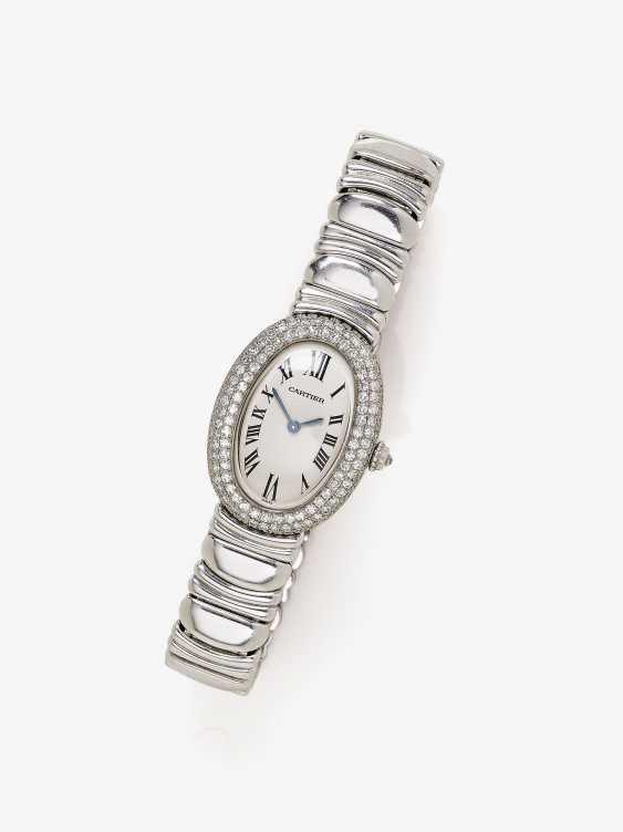 Ladies wrist watch with diamonds - photo 1