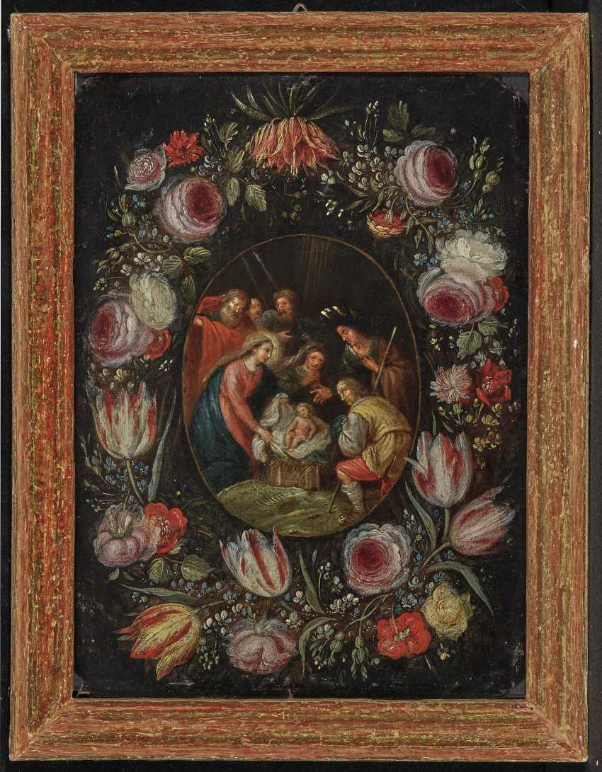 Adoration of the shepherds, in flowers wreath - photo 2
