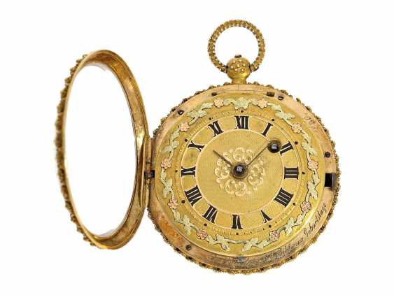 """Pocket watch: Golden pageantry-Spindeluhr with special housing decoration and ultra-fine enamel magnifying glass painting """"The wine goddess"""", probably Geneva, circa 1830 - photo 2"""
