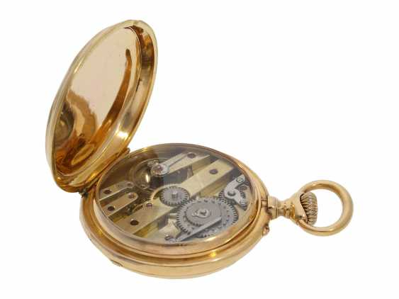 Pocket watch: technical interesting pocket watch with rare winding mechanism according to the above-Courvoisier and a fine En grisaille enamel painting, Switzerland around 1880, No. 8830 - photo 4