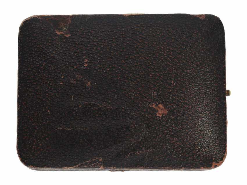 Taschenuhr: feiner, goldener Longines Chronograph mit roter Tachymeterskala und Originalbox, ca.1925 - photo 7
