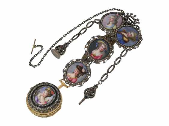 Pocket watch: a Museum and the only known Abraham Colomby Gold/enamel Spindeluhr with associated enamel Chatelaine, the former aristocratic, Geneva, about 1750 - photo 1