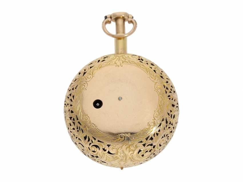 Pocket watch: interesting, süddeutsche repair, replace, double-housing Spindeluhr with 1/8-strike on bell, signed Reckurnab London (Nabburg at Nuremberg), CA. 1730 - photo 6