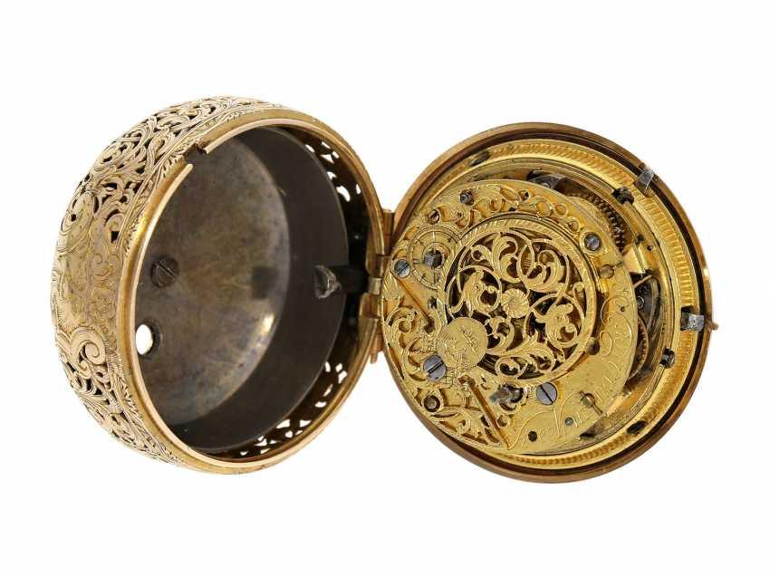 Pocket watch: interesting, süddeutsche repair, replace, double-housing Spindeluhr with 1/8-strike on bell, signed Reckurnab London (Nabburg at Nuremberg), CA. 1730 - photo 7