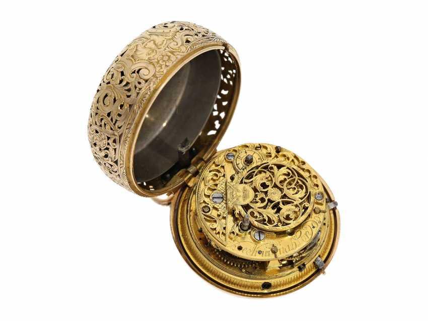 Pocket watch: interesting, süddeutsche repair, replace, double-housing Spindeluhr with 1/8-strike on bell, signed Reckurnab London (Nabburg at Nuremberg), CA. 1730 - photo 8