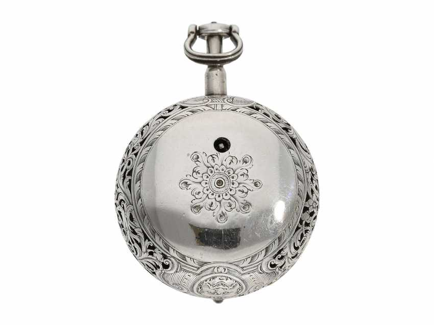 Pocket watch: fine, large double housing-spindle pocket watch with rare eighth repetition and repair, replace outer case, Ja(me)s Rousseau, No. 5155, London, CA. 1740-1750 - photo 8