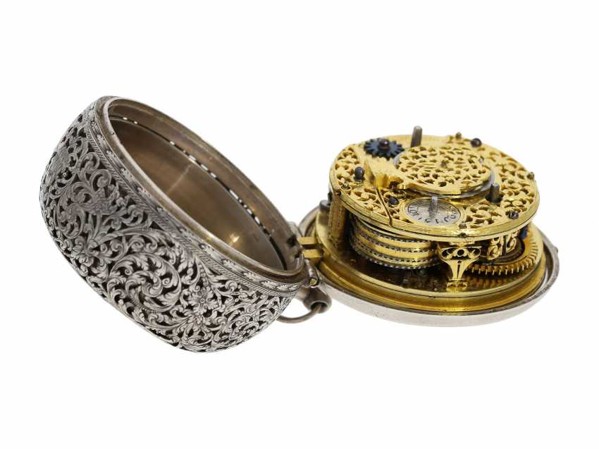 Pocket watch: extremely rare, museale pocket watch with Alarm and a rotating date display via a worm drive, Terroux (François), A Geneva, circa 1690 - photo 11