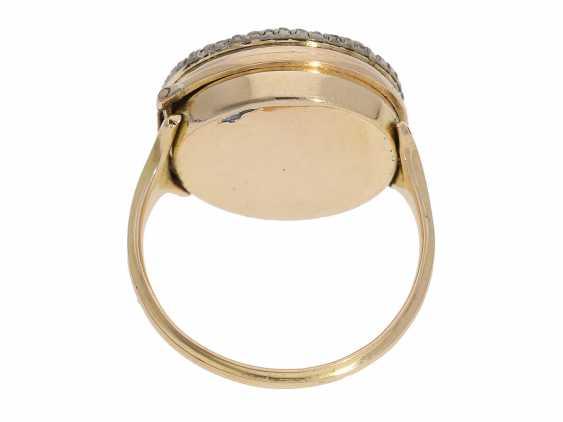 Ring watch: Museum Golden ring watch with diamond trim, Louis XV-dial, original box and original key, Paris, around 1780 - photo 5