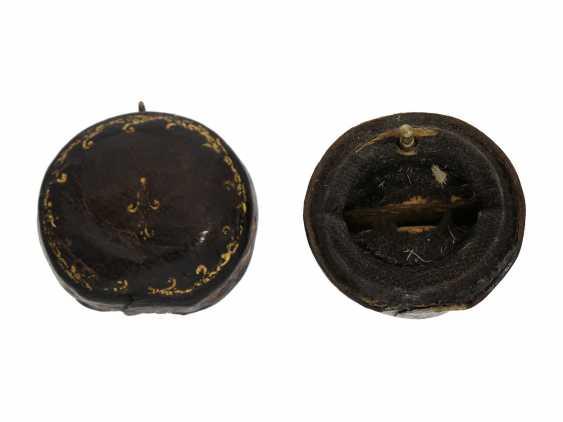 Ring watch: Museum Golden ring watch with diamond trim, Louis XV-dial, original box and original key, Paris, around 1780 - photo 8