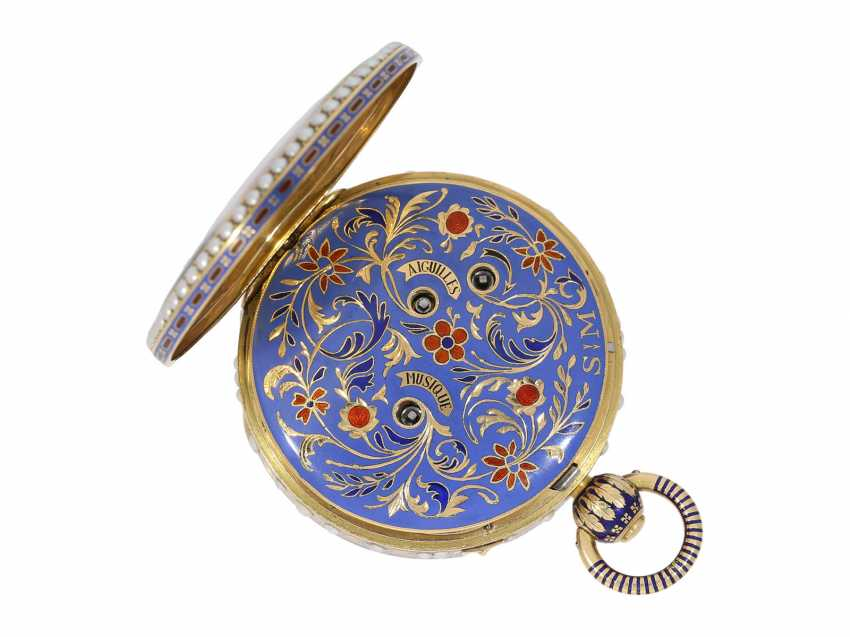 Pocket watch: extremely precious Gold/enamel pocket watch, with beads appliqué, music, figure, machine, hidden erotic scene, and Central second, probably Piguet & Meylan, Geneva for the Chinese market, CA. 1810 - photo 2