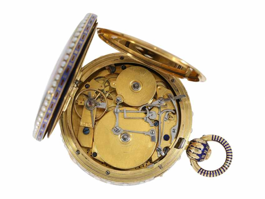 Pocket watch: extremely precious Gold/enamel pocket watch, with beads appliqué, music, figure, machine, hidden erotic scene, and Central second, probably Piguet & Meylan, Geneva for the Chinese market, CA. 1810 - photo 7