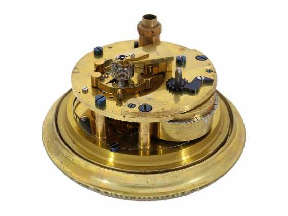 Marine chronometer: very nice, fine ship's Chronometer, circa 1900, Royal chronometer maker with many awards, A. Johannsen & co. London, No. 9122 - photo 2