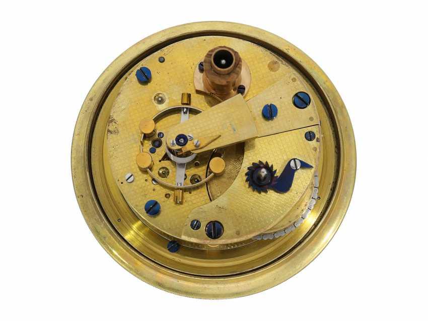 Marine chronometer: very nice, fine ship's Chronometer, circa 1900, Royal chronometer maker with many awards, A. Johannsen & co. London, No. 9122 - photo 4