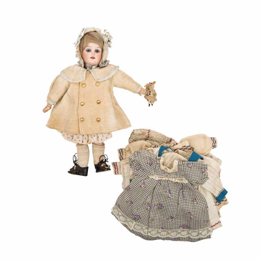 SCHOENAU & HOFFMEISTER porcelain head doll, C.1905. - photo 1