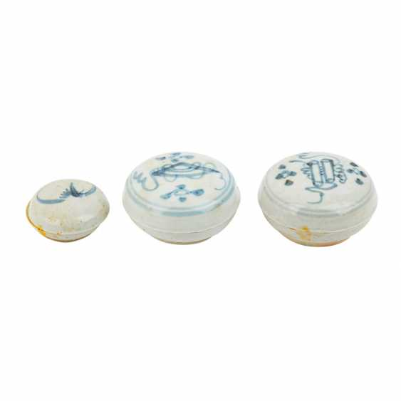 Set of 10 underglaze blue lid tins. TEK SING-CHINA, 1820s. - photo 3