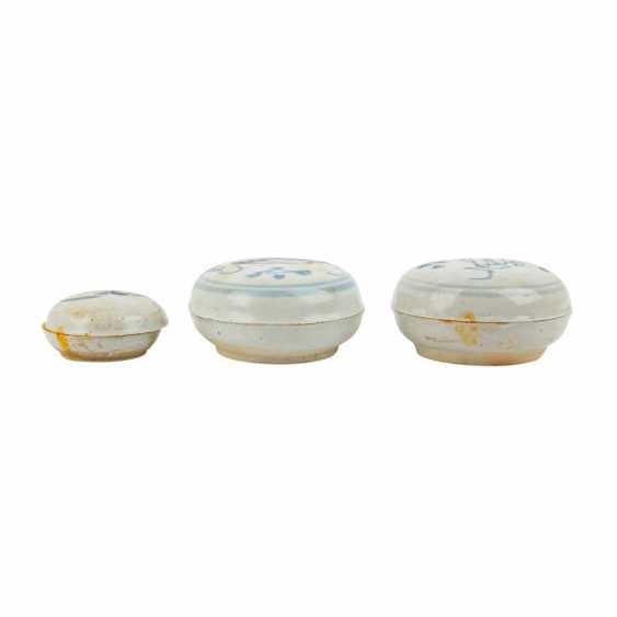 Set of 10 underglaze blue lid tins. TEK SING-CHINA, 1820s. - photo 4