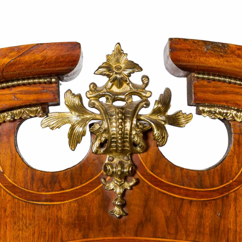 SHOWCASE IN THE BAROQUE STYLE - photo 6