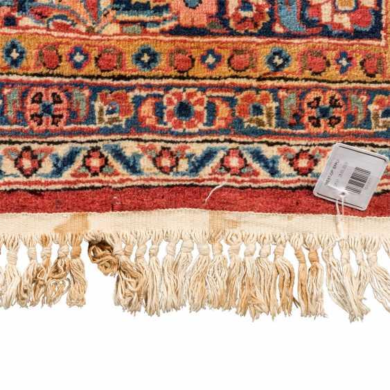 Orient carpet. KEŞAN/PERSIA, 1. Half of the 20. Century, 365x270 cm. - photo 3