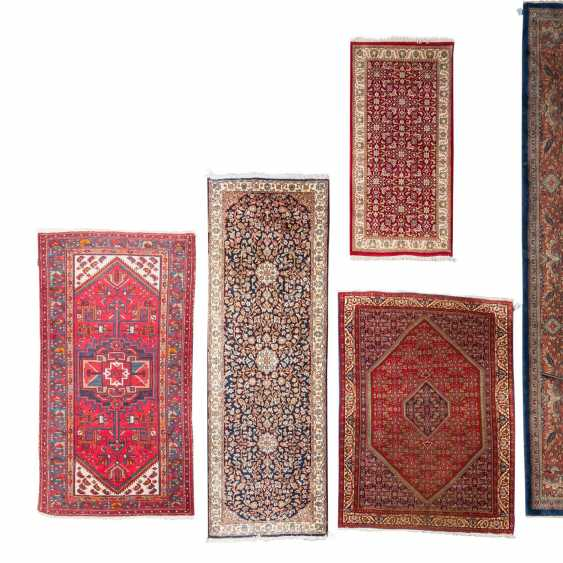 Four Oriental Rugs, 20th. Century. - photo 1