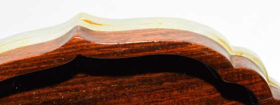 Jade plaque on lid of box - photo 3