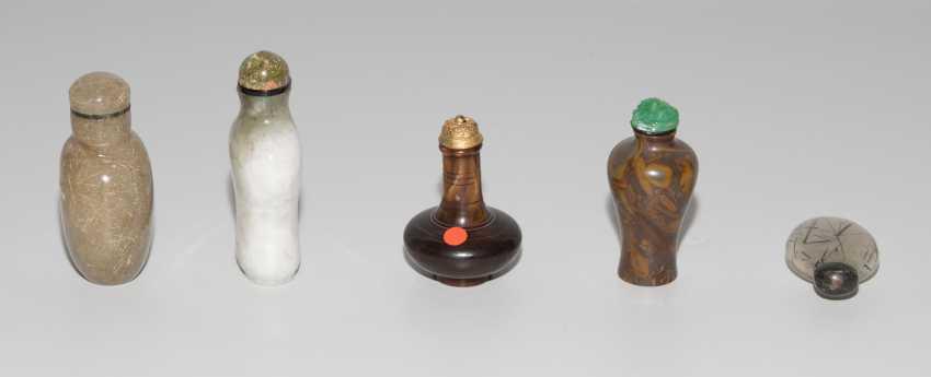 5 Snuff Bottles - photo 5