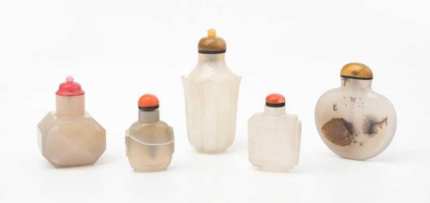 5 Achat Snuff Bottles - photo 1