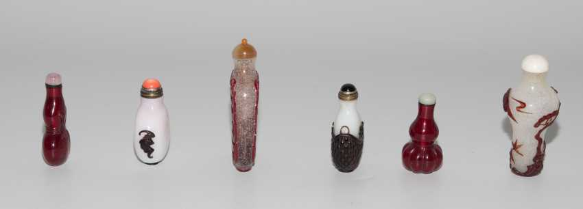6 Glas Snuff Bottles - photo 5