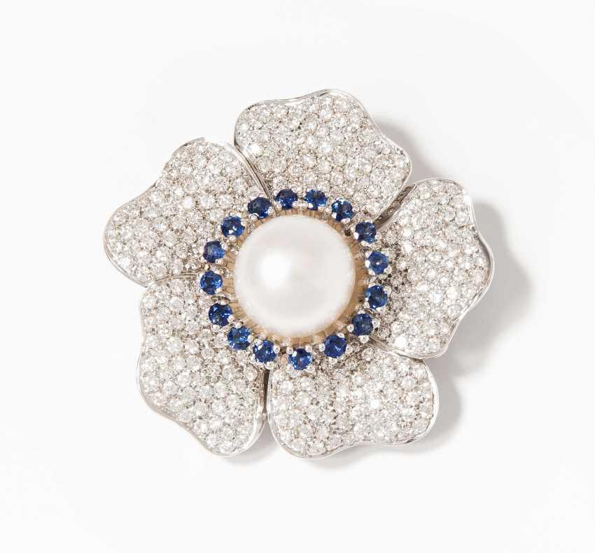 South Sea Cultured Pearl-Sapphire-Brilliant-Brooch - photo 1