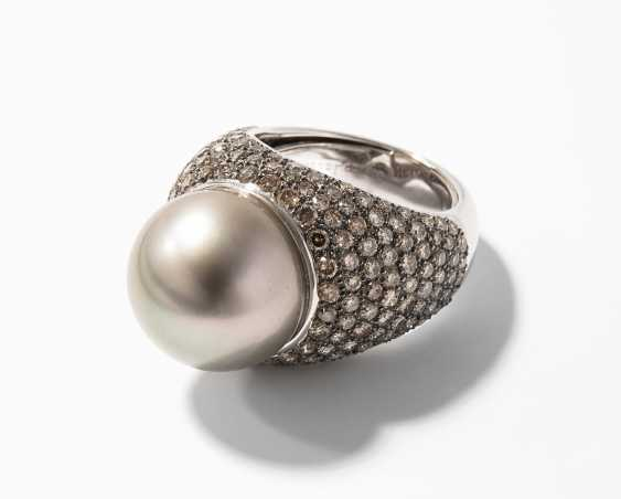 Tahiti Culture Pearl And Diamond Ring - photo 1