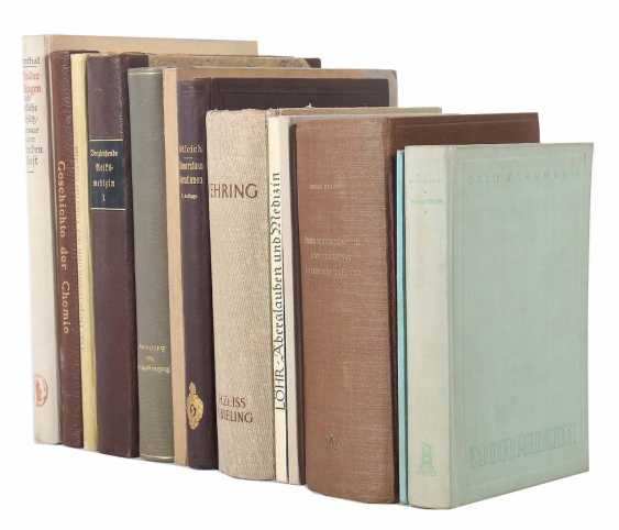 Collection of medical books 13 pieces consisting of: Schleich - photo 1