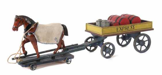 Large horse-drawn Carriage around 1900 - photo 1