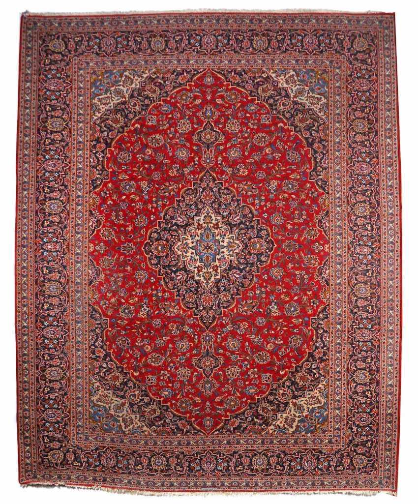 Kashan Medaillonteppich signiert Zentralpersien - photo 1