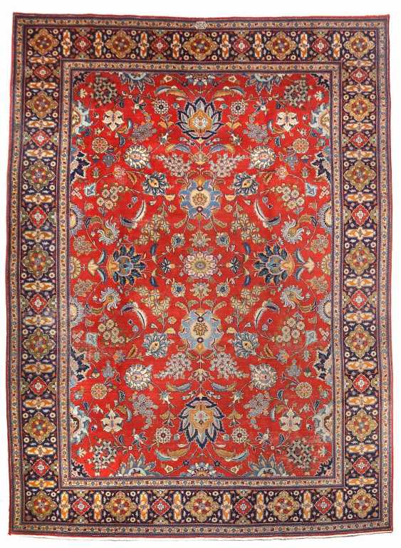 Signed Tabriz with Shah Abbas pattern, West Persia - photo 1