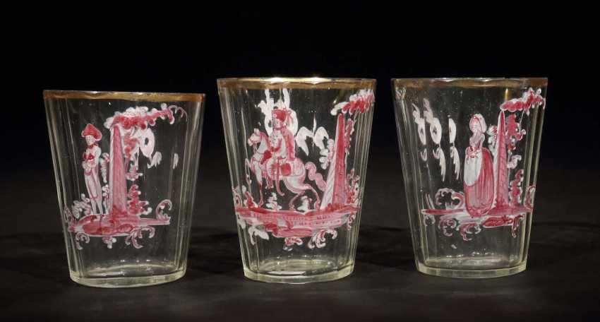 3 small glass cups 19./20. Century - photo 1