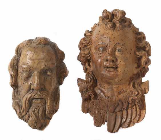 "Carver of the 17th century./18. A century of ""angel's head"" and ""God the father"" - photo 1"
