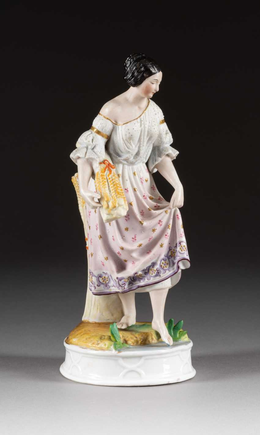 FIGURAL FLOWER VASE WITH A RUSSIAN PEASANT - photo 1