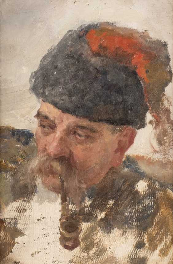 RUSSIAN MASTER Active around 1900, Ukrainian Cossack with a pipe - photo 1