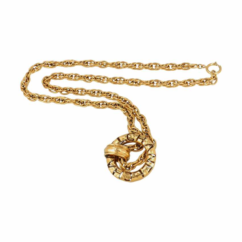 CHANEL VINTAGE fashion jewelry necklace, 70's and 80's. - photo 3