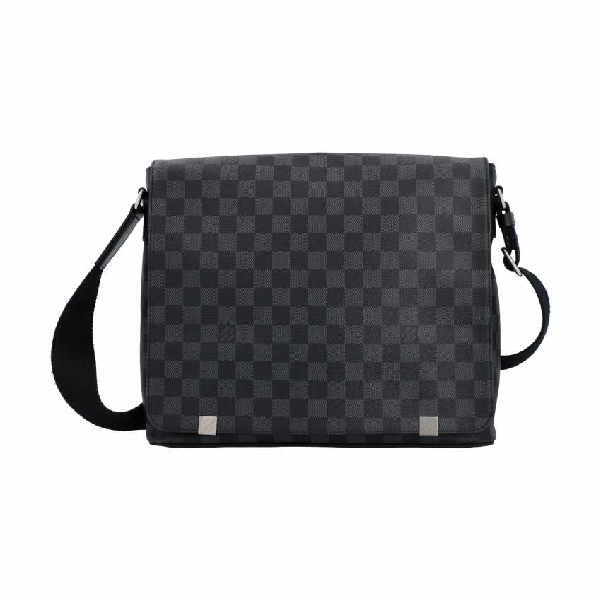 """LOUIS VUITTON Messenger """"DISTRICT MM"""", collection: 2017, new price: 1.090,-€. - photo 1"""