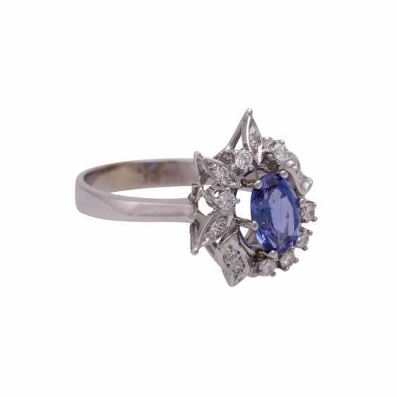 Ring mit ovalem Tansanit ca. 1 ct - photo 2