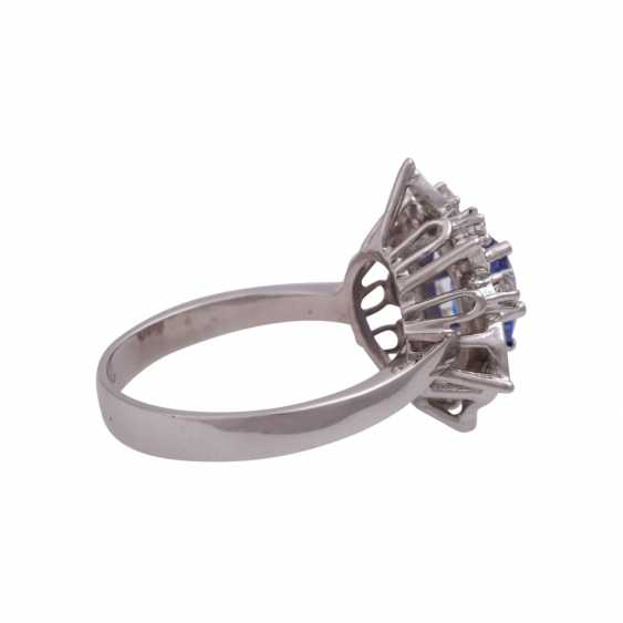 Ring mit ovalem Tansanit ca. 1 ct - photo 3