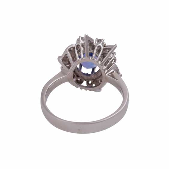 Ring mit ovalem Tansanit ca. 1 ct - photo 4