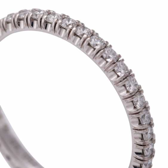 CARTIER eternity ring set with brilliant-cut diamonds together approximately 0.9 ct - photo 5