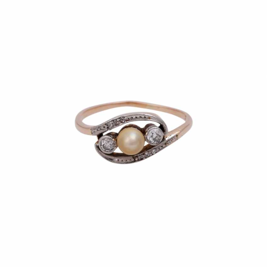 Ring with pearl and small diamonds, - photo 1