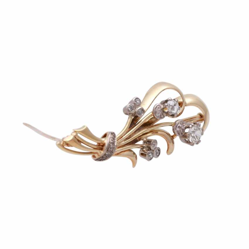 Floral brooch with old European cut diamond approximately 0.7 ct, - photo 2