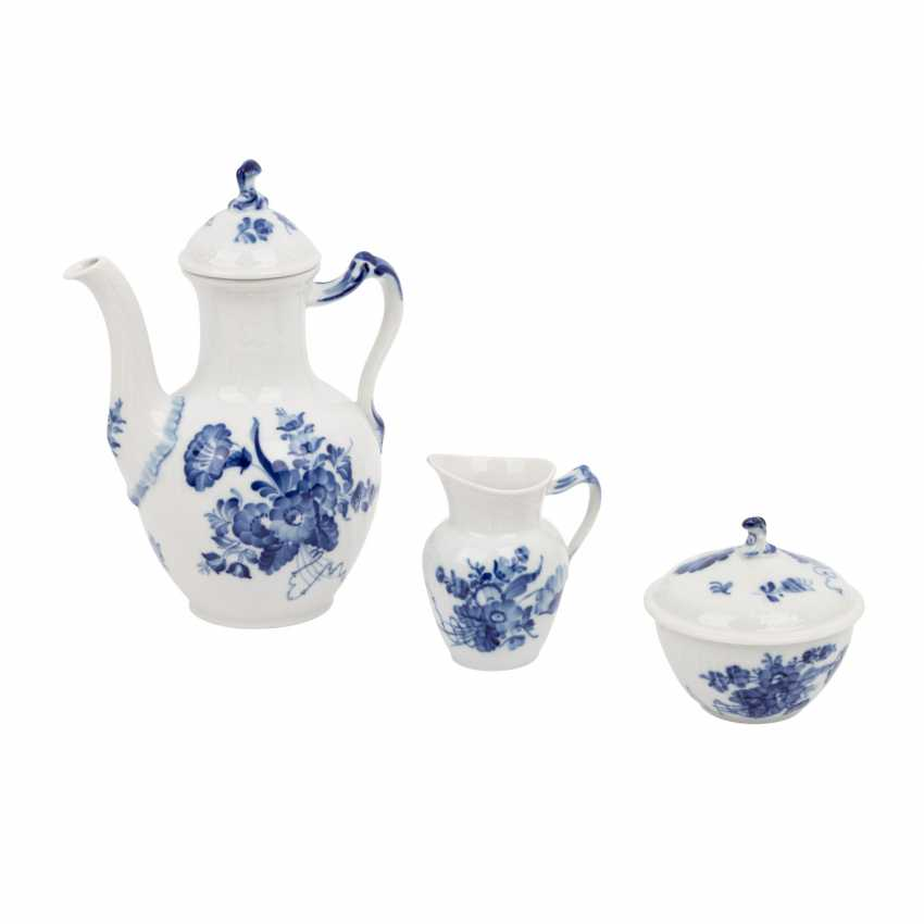 ROYAL COPENHAGEN coffee service for 6 persons 'curved blue flower and smooth', 20. Century. - photo 4