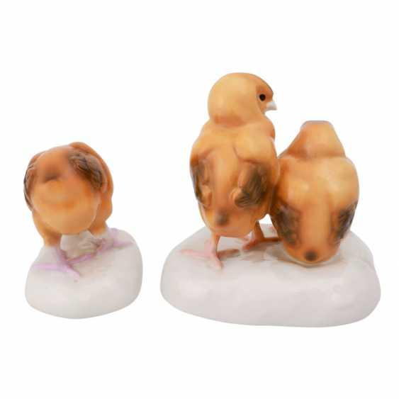 NYMPHENBURG 2 figures with Chicks, 20. Century. - photo 3