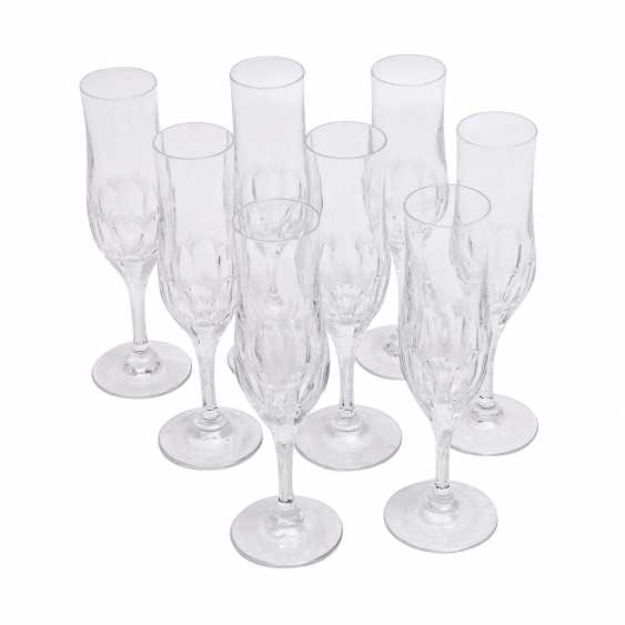 PEILL&PUTZLER 12 water glasses and 8 champagne flutes 'Diana', 20. Century. - photo 3