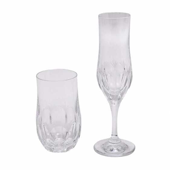 PEILL&PUTZLER 12 water glasses and 8 champagne flutes 'Diana', 20. Century. - photo 4