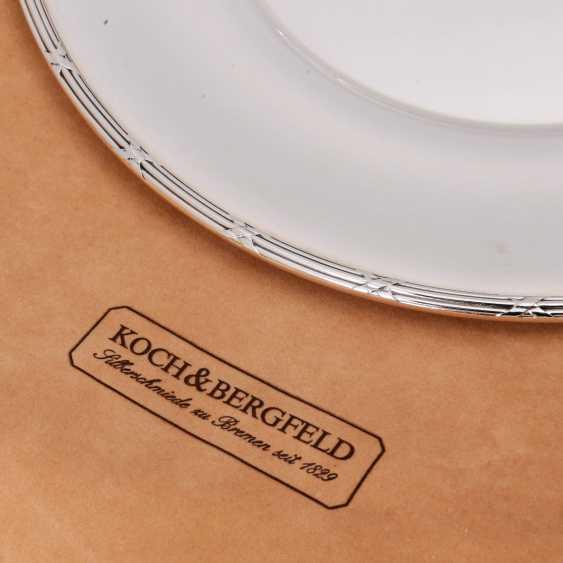 KOCH&BERGFELD 4 square plates 'cross band decor, silver plated, 20. Century. - photo 5